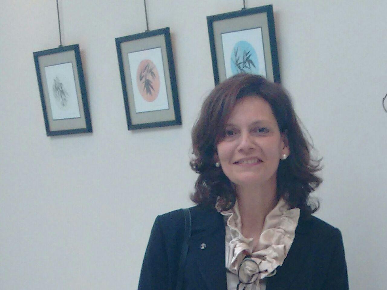 Ana L.R. Carrara